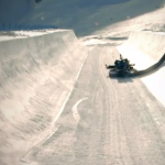 Construction half-pipe des X Games Tignes europe